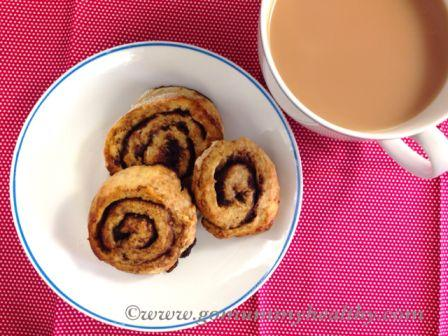 quick and healthy breakfast - breakfast cocoa rolls
