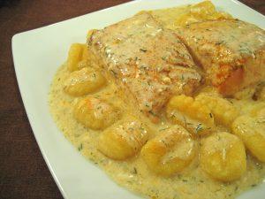 Easter menu - Pan-fried salmon with gnocchi